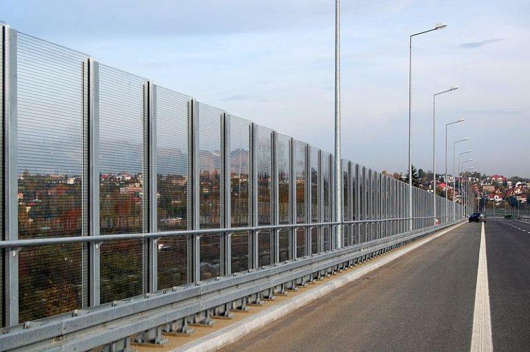 Transparentni paneli protiv buke sa poliamidnim vlaknima